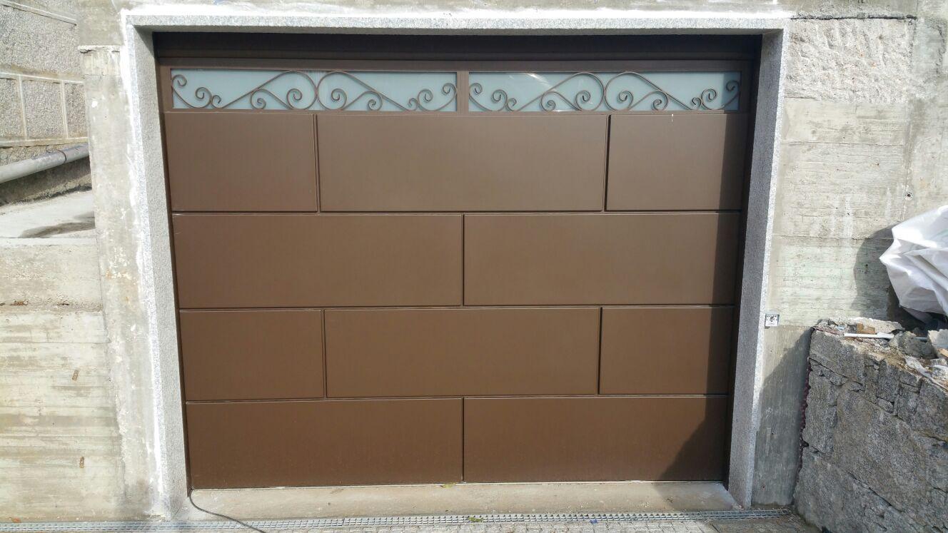 Puerta de diseño para garaje